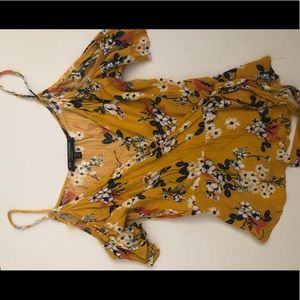 Top with flower print